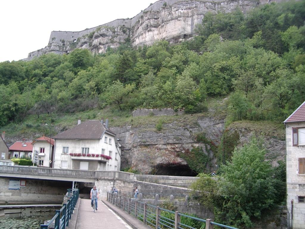 Ausgang Kanal- und Radweg-Tunnel bei Besancon